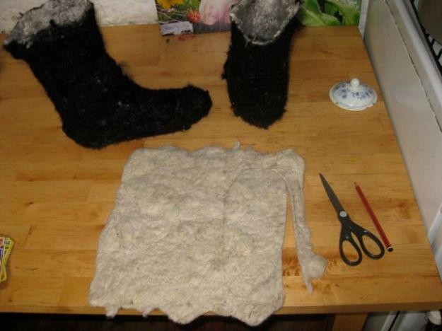 How to make felt ugg boots 10